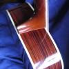 http://www.albedoguitars.com/guitare-folk-et-basse-folk/guitare-om-000/
